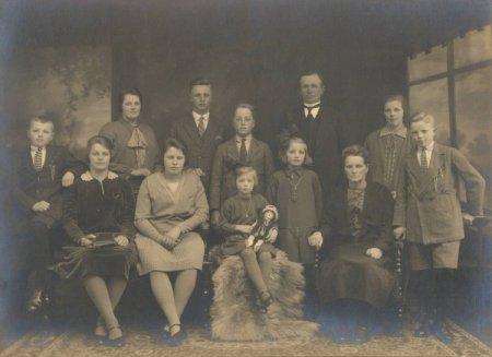 1878-gezin-van-arie-westmaas-en-maria-de-bloois